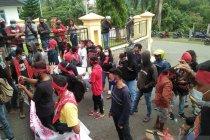 DPRD respon tuntutan atas pengrusakan hutan Sabuai