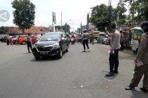 Kepatuhan rendah, Ridwan Kamil sosialisasi penggunaan masker di Tasikmalaya