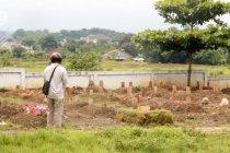 67 jenazah COVID-19 dimakamkan di TPU Kedung Menjangan Cirebon