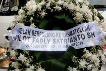 Jenazah co-pilot Fadly Satrianto dikebumikan di Surabaya