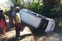 Satu mobil ambulans jatuh ke sungai kecil di Mukomuko, Bengkulu
