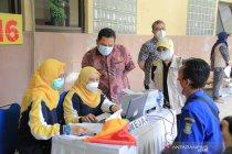 Vaksinasi COVID-19 sasar 2.100 pedagang di pasar Kota Tangerang