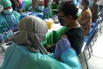 143 wartawan Kota Tangerang terima vaksin COVID-19