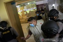 KPK menggeledah kantor Dinas PUTR Sulawesi Selatan