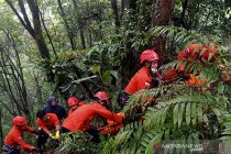 SAR Medan evakuasi jasad diduga korban pembunuhan di Karo