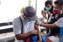 Keluhkan sakit pascavaksinasi COVID-19, warga Sukabumi dilarikan ke RS