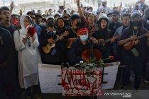 Pejabat partai Suu Kyi meninggal dunia dalam tahanan polisi