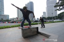 Aturan bermain skateboard di trotoar ibu kota Jakarta