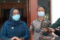 Bupati Bogor beri guru ngaji insentif agar ikut kampanyekan prokes