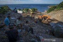 Pencarian korban tanah longsor di Lembata NTT