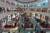 Pusat perbelanjaan di Mataram ramai jelang Ramadhan