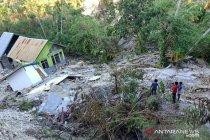 Sebagian Desa Tunbaun di Kupang tenggelam diterjang Siklon Seroja