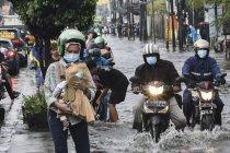 Genangan air akibat saluran drainaase buruk