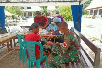 Brigif 21/Komodo bangun dapur umum korban siklon seroja di NTT