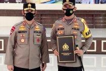 Kapolres Enrekang terima penghargaan Pin Emas Kapolri