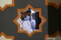 Warga Kabupaten Gorontalo shalat tarawih dengan protokol kesehatan