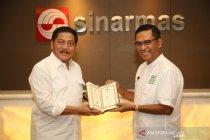 Yayasan Muslim Sinar Mas wakafkan Al Quran untuk masjid pulau terluar