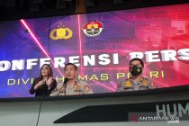Densus 88 Polri tangkap enam terduga teroris di Makassar