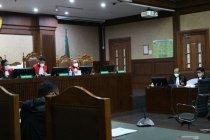 Edhy Prabowo disebut gunakan suap benih lobster untuk belanja di AS