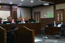 Edhy Prabowo didakwa terima suap Rp25,75 miliar