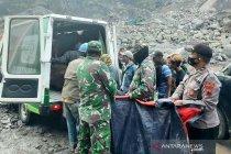Lokasi penambangan Sungai Bebeng longsor, tiga korban tewas