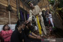 Ritual balian pendeng sawang garu Dayak Ngaju