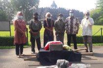 Masyarakat serahkan batu ke BKB dukung pelestarian Borobudur