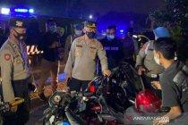 Polres Bekasi bubarkan kegiatan sahur di jalan