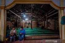 Masjid kayu berusia lebih dari 400 tahun di Pandeglang