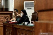 Sidang Jumhur Hidayat kembali ditunda karena ahli bahasa jaksa sakit
