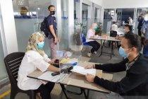 Petugas KKP Batam sinyalir ada surat tes PCR palsu digunakan PMI