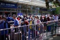 Kasus COVID-19 di China bertambah 55