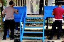 Polisi jual barang bekas untuk renovasi balai pengajian