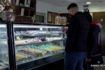 Toko kue Hongaria sajikan minuman COVID yang manis