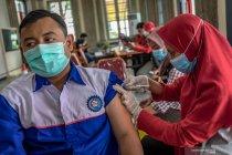 Vaksin menipis, sentra vaksinasi di Semarang ditutup sementara