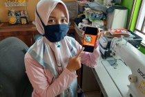 Hindari kerumunan, warga Tanjungpinang beralih belanja Lebaran daring