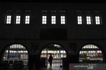 Stasiun Pasar Senen sepi pemudik