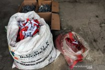 Polisi ringkus dua pembuat sekaligus penjual bubuk mercon di Bondowoso