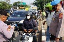1.500 kendaraan diputar balik di titik sekat arteri Bekasi