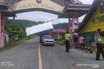 Cegah mudik, ratusan kendaraan di Banggai-Sulteng diputarbalikkan
