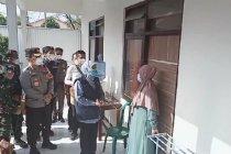Khofifah kunjungi lokasi karantina buruh migran di Madiun