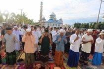 Shalat Idul Fitri Jamaah Tarekat Syattariah di Aceh