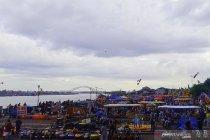 Masih pandemi, Benteng Kuto Besak Palembang dipadati ribuan pengunjung