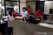 Menteri Sosial inspeksi ruang kerja pegawai