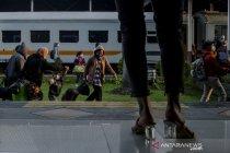 Arus balik pemudik di Stasiun Kiaracondong Bandung