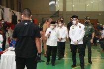 Wagub Banten dampingi Wapres tinjau vaksinasi massal di Tangsel