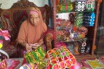 Belajar dari Misnar, lansia yang tetap produktif saat usia senja