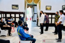 Presiden: Penumpang KRL dan pekerja stasiun miliki mobilitas tinggi