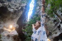 Telusur Goa Batu Cermin di Labuan Bajo