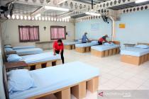 Gedung sekolah Yayasan SPS Surabaya siap tampung 100 warga isoman